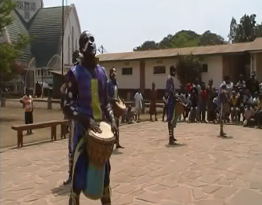 Danses et de percussions à Bukavu, aoùt 2013. on Vimeo