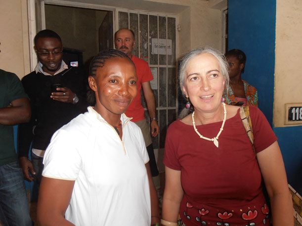 Modena 2000 | Mille Francs: a Castelnovo Monti un incontro e uno spettacolo teatrale per riflettere sulla realtà del Congo e sul nostro presente